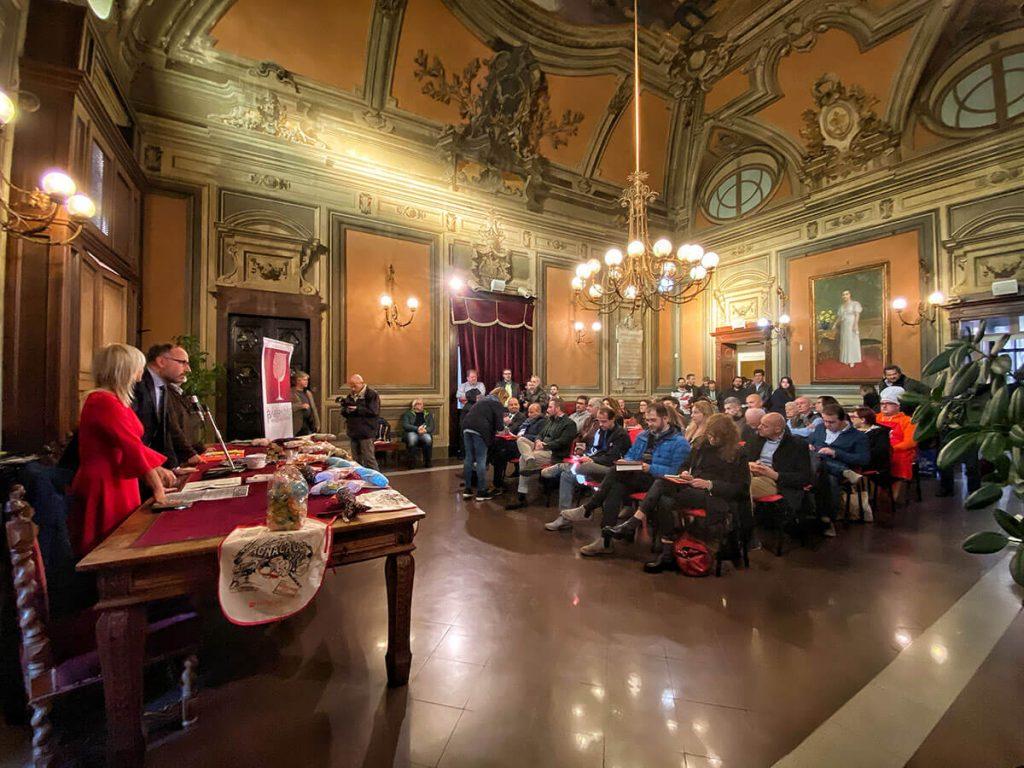 La presentazione del Bagna Cauda Day 2019 nel municipio di Asti